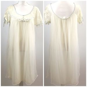 Val Mode Women's Vintage Nightgown